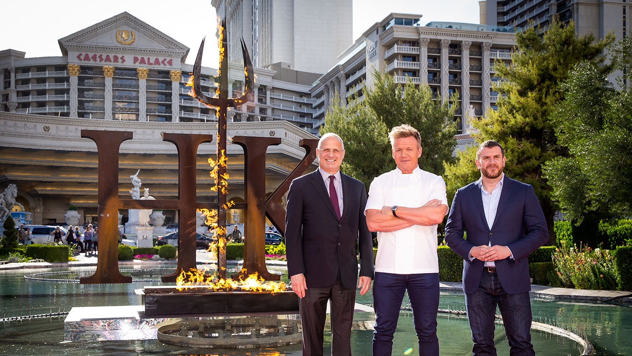 Gordon Ramsay To Open Hell S Kitchen Restaurant At Caesars Palace The Hollywood Reporter