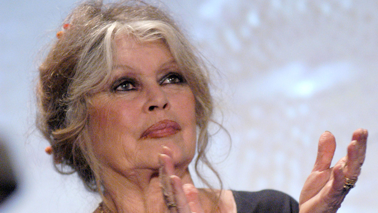 """French Film Legend Brigitte Bardot Slams """"Hypocritical and Ridiculous"""" #MeToo Movement – The Hollywood Reporter"""
