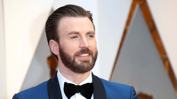 Awards Chatter' Podcast — Chris Evans ('Defending Jacob') – The Hollywood Reporter