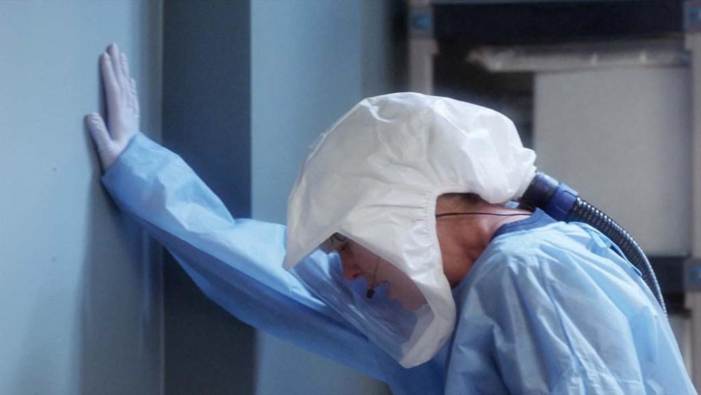 Ellen Pompeo in PPE on 'Grey's Anatomy'