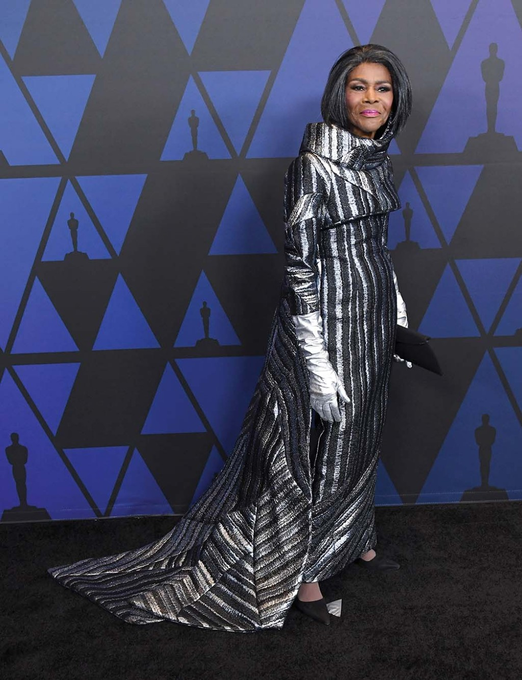 Cicely Tyson at the 2018 Governors Awards, where she received an honorary Oscar, in a two-piece ensemble with metallic leather gloves by B Michael Haute Couture.