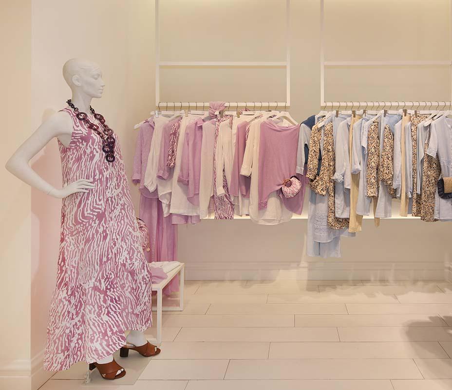 Interior of a 120% Lino store