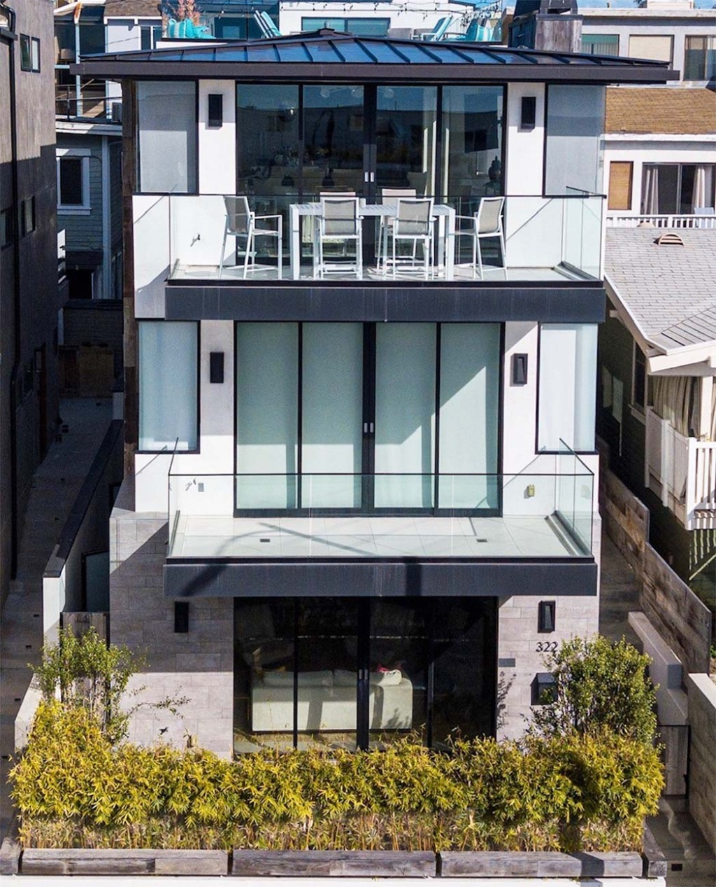 322 Manhattan Ave. in Hermosa Beach, listed with The Agency.