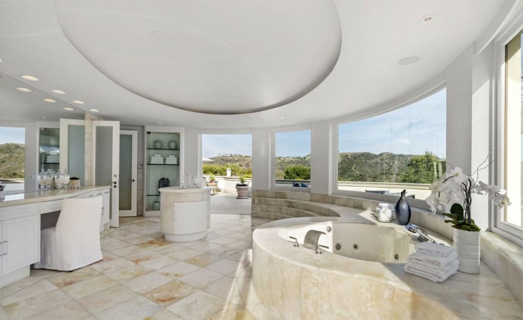 Sumner Redstone - House - Beverly Park - Real Estate