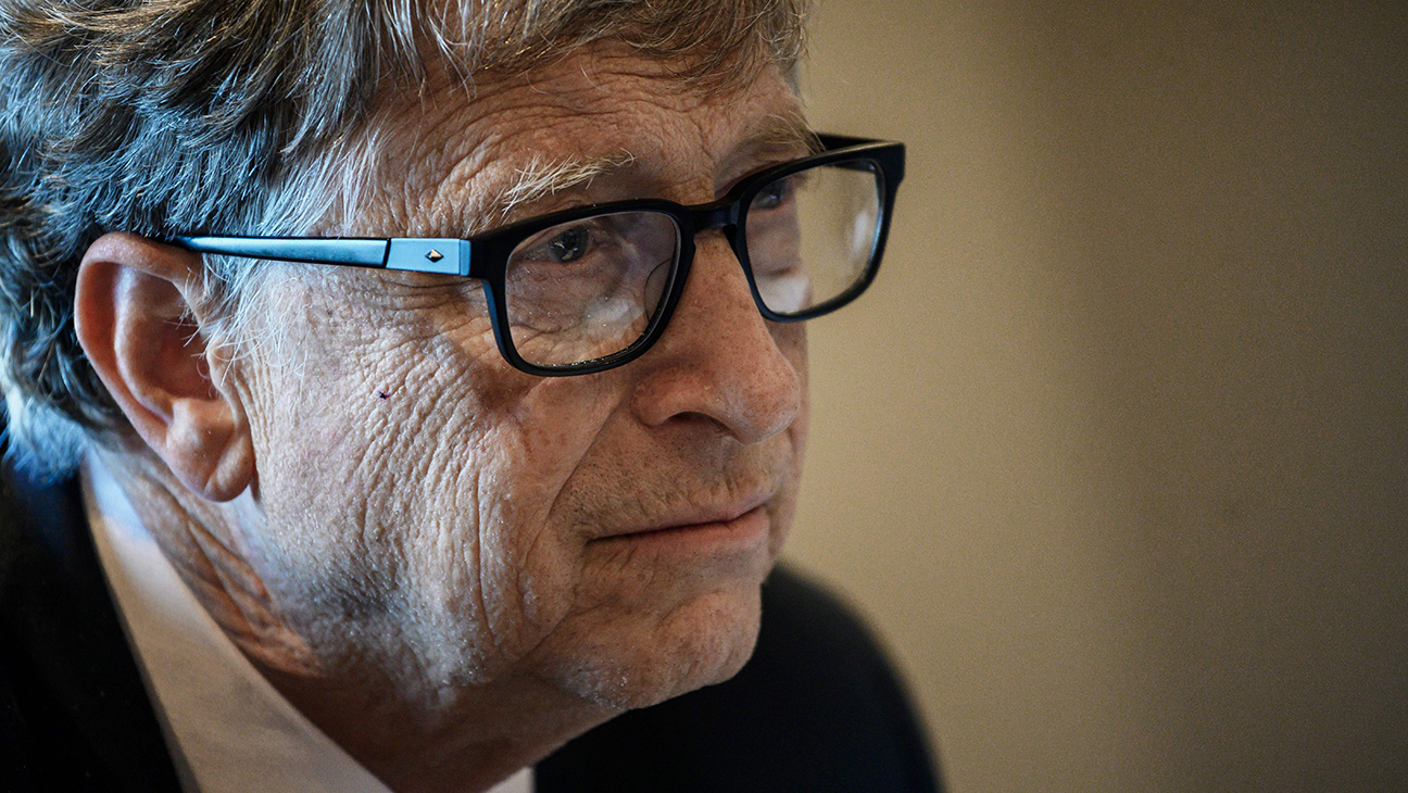 Microsoft Investigated Bill Gates Before He Left the Board (Report) – The  Hollywood Reporter