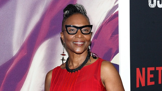 """Suzzanne Douglas, Actress Best Known for """"The Parent 'Hood,"""" Dies at 64"""