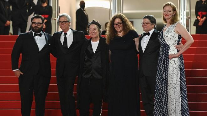 Cannes: Todd Haynes' 'The Velvet Underground' Doc an Instant Contender